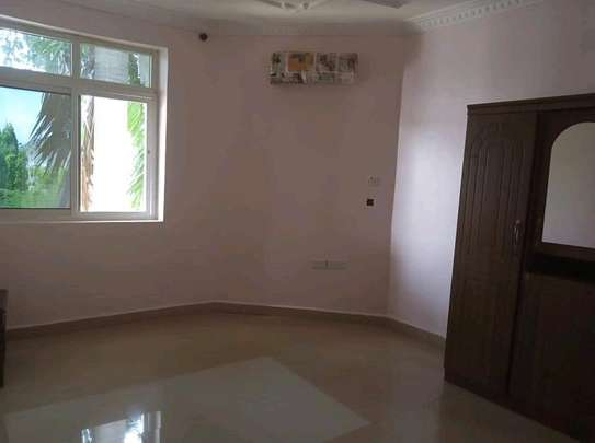 APARTIMENT FOR RENT image 7