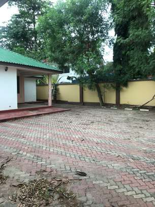 A house for Rent at Mwenge with big 3bh and a parking space for only 1000000