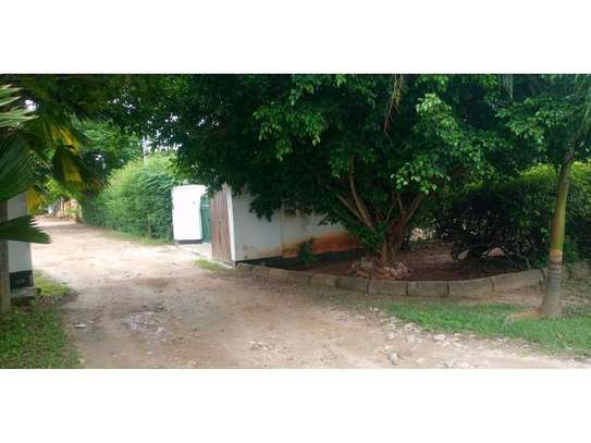 two houses for sale in the compound at masaki  2000sqm  price $1,000,000 image 6