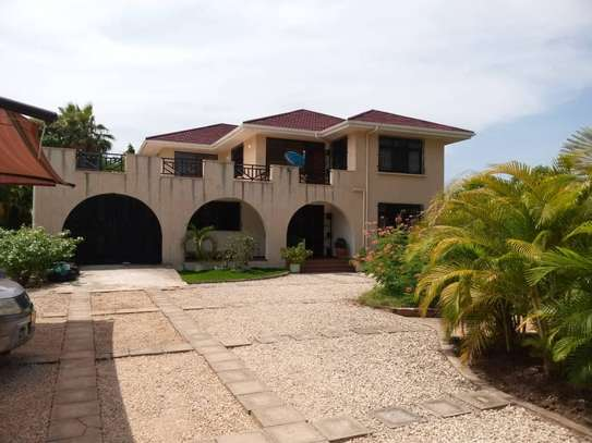 5 bed room house for rent at mbezi beach image 3