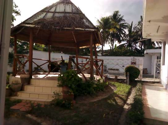 5bed house at mikocheni with pool $2000pm image 8