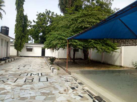 4 bed room house for rent with servant quorter at mikocheni warioba image 5