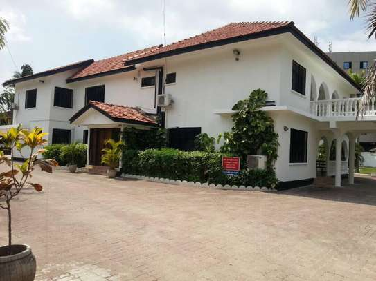 STAND ALONE 4 Bedroom house in a large plot image 5