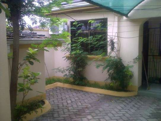 One Bedroom Self Contained Private House image 2