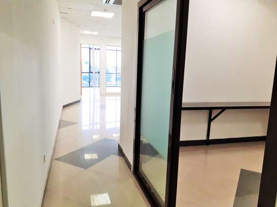 115sqm Office Space In Masaki With Sea View image 4