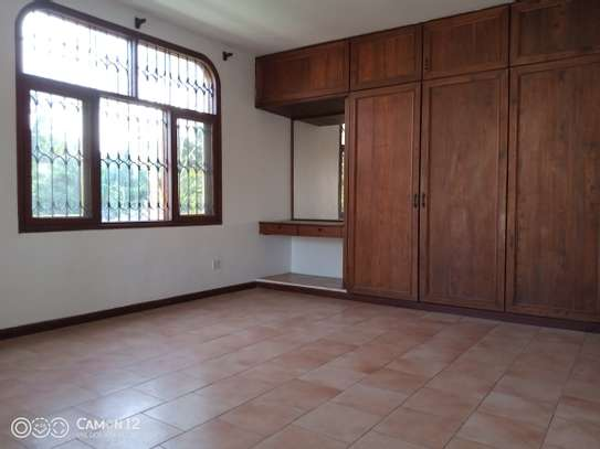 3bdrm house for rent in masaki peninsula image 2