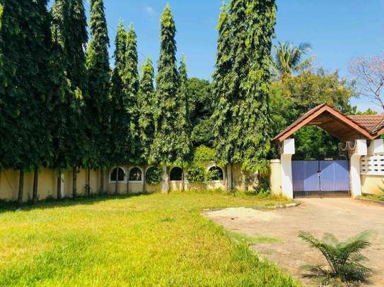 a house is for rent at mbezi beach image 3