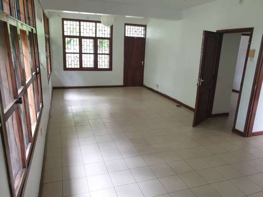 4 bed room house for rent at oyster bay jklm image 9