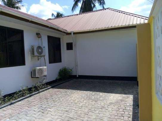 2bed furnished all  ensuet at mikocheni$400pm image 8