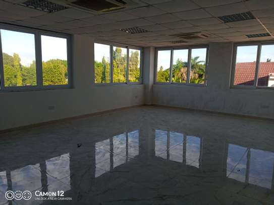 Office building to let in oyster bay sq meter 1200 image 3