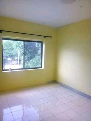 3 bdrm beautiful apartment to Let in city centre.