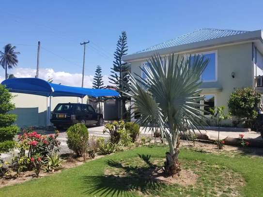 1bed villa at miocheni a with amazing garden only two house in the compound image 13