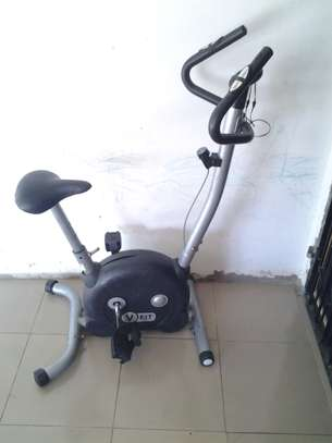 V-fit exercise bicycle