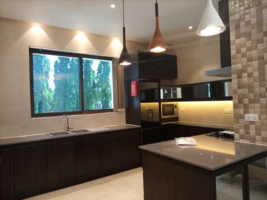Two bedrm apart for rent at masaki fully furnished image 10