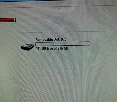1TB Flash Drive for Sale image 5
