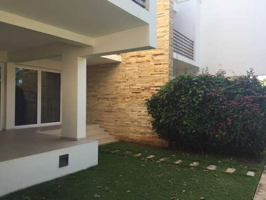 Prime Furnished 3Bdrm Town House in Masaki image 3