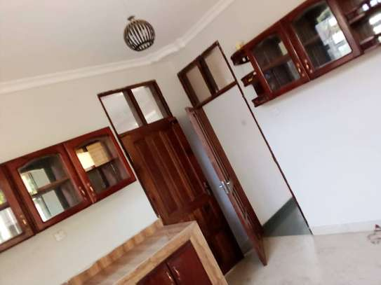 4bed all ensuite at mbezi beach BOT image 8
