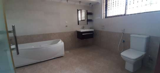 4 Bedrooms Pool House For Rent In Masaki image 4