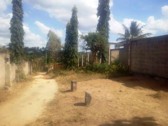 A plot with 3200sqm for sale image 5