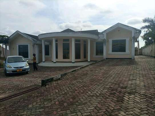 House for rent at madale mivumoni image 1