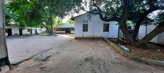 a 7bedrooms 5 self contained BUNGALOW in MIKOCHENI easily accessble is now for SALE. image 5