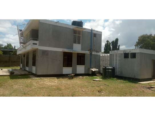 4bed house with small godown in big compound at ada estate image 15
