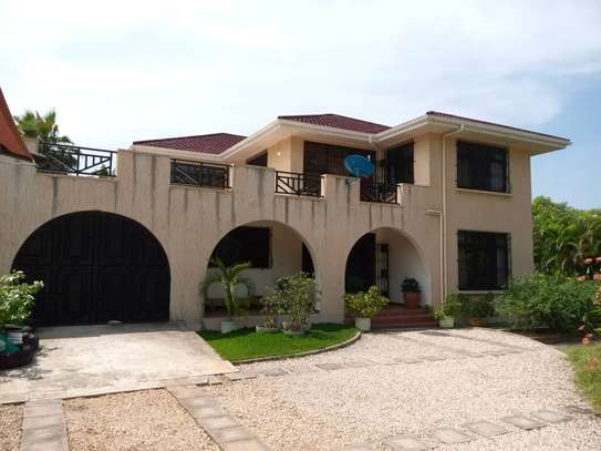 5 bed room house for rent at mbezi beach image 5