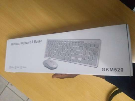 Wireless keyboard and mouse with numeric keypad image 6