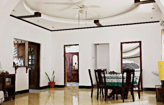 3bed house stand alone house at msasani close the beach  with  terrace image 2