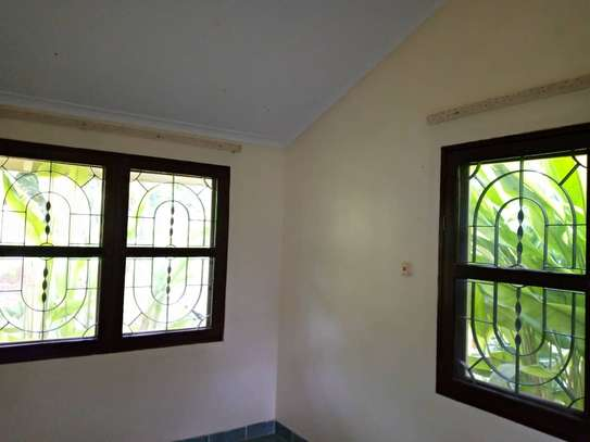3 bed room big house stand alone for rent at oyster bay image 6