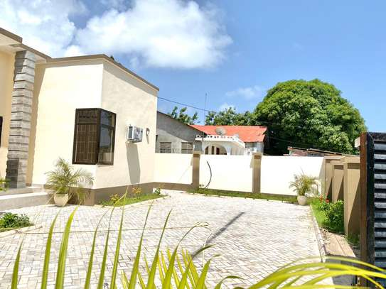 3 bed room house for rent at tegeta image 4