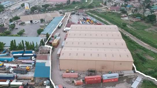 MODERN WAREHOUSE(11107 sq.mt) FOR SALE