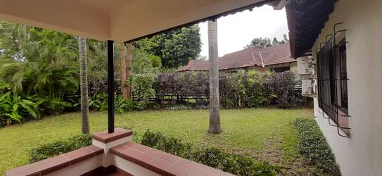 4 bedrooms Home In Oysterbay For Rent image 8