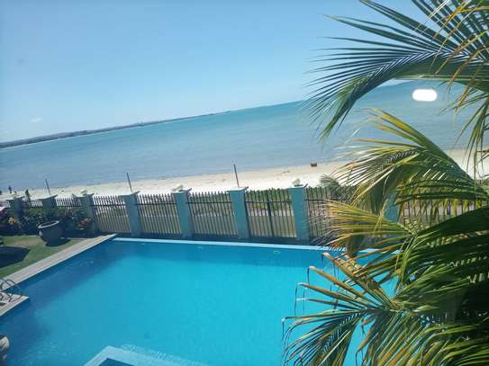 Ocean view 3 bdrm apart Fully furnished for rent image 1