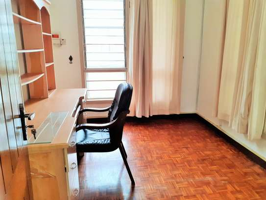 4 Bedrooms Spacious Standalone House in Masaki image 6