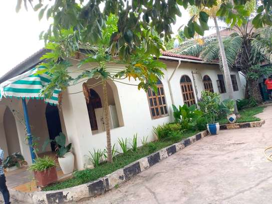 3 bed room house for rent at msasani image 5