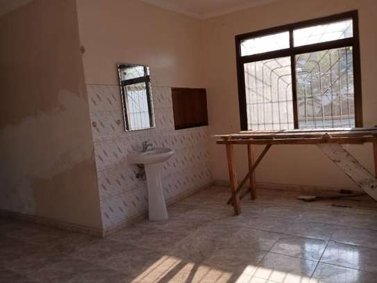 4bed house  ideal for office at block 41 tsh 1,000,000 image 12