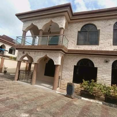 a 2bedrooms in MBEZI BEACH cool street u can find is now for rent image 2