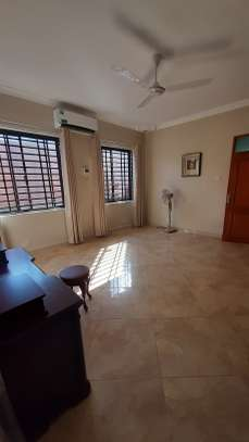 3 Bedrooms Bungalow In A Compound For Rent In Oysterbay image 8