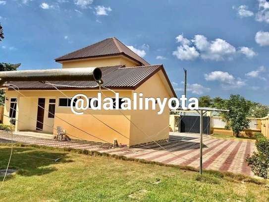 4 BDRM HOUSE AT MBEZI BEACH AFRIKANA MBEZI YA CHINI image 4