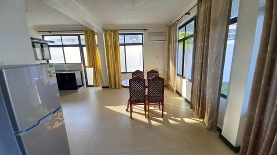 NICE 3BHK APARTMENT FOR RENT AT OYSTERBAY image 10