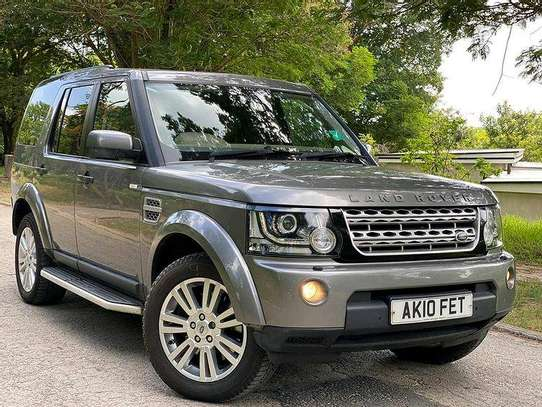 DISCOVERY 04  YEAR 2011 Cc 2990 Km 68000 DIESEL ENGINE LEATHER SEATS INTERIOR 7 SEATS  AUTOMATIC TRANSMISSION PRICE 90M image 1