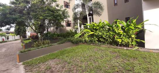 4 Bedrooms Top End Executive House For Rent in Oysterbay image 12
