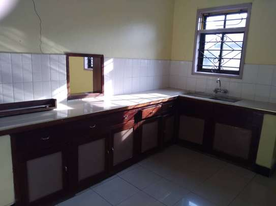 House for rent near Prime Minister Area D-Dodoma image 11
