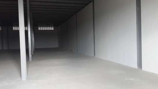 456 SQM Warehouse for Rent image 3