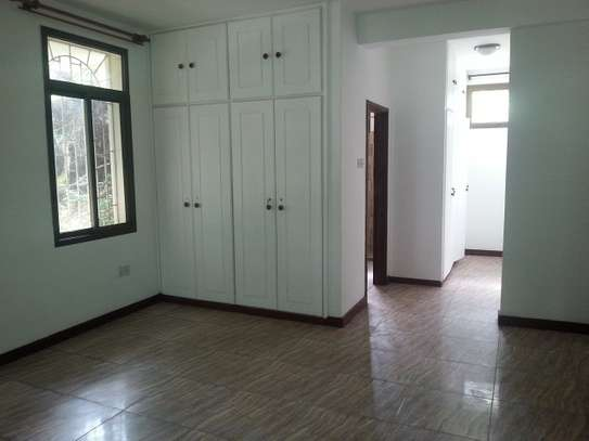 4 Bedrooms Villa In A Leafy Compound In Masaki For Rent image 8