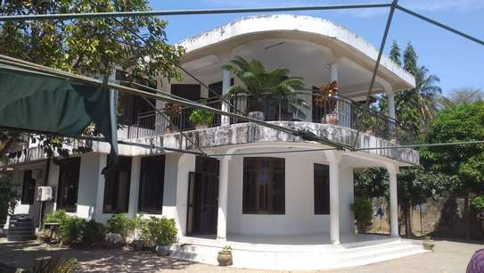 4 bed room house for sale at mbei beach jogoo image 1