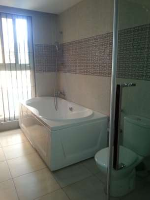 4 bedrooms Villa in Gated Compound In Oysterbay For Rent image 9