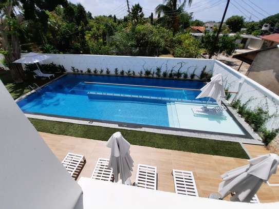 3 BEDROOMS LUXUARY APARTMENT FOR RENT image 4