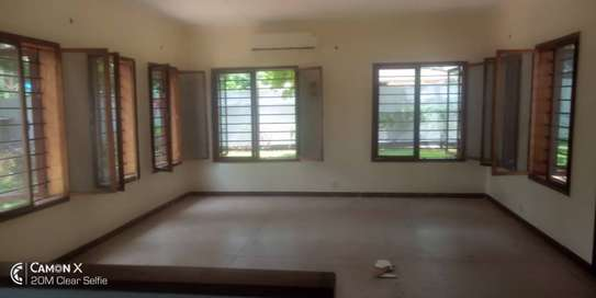 6 bed room townhouse for rent at masaki ideal for residential and office image 12